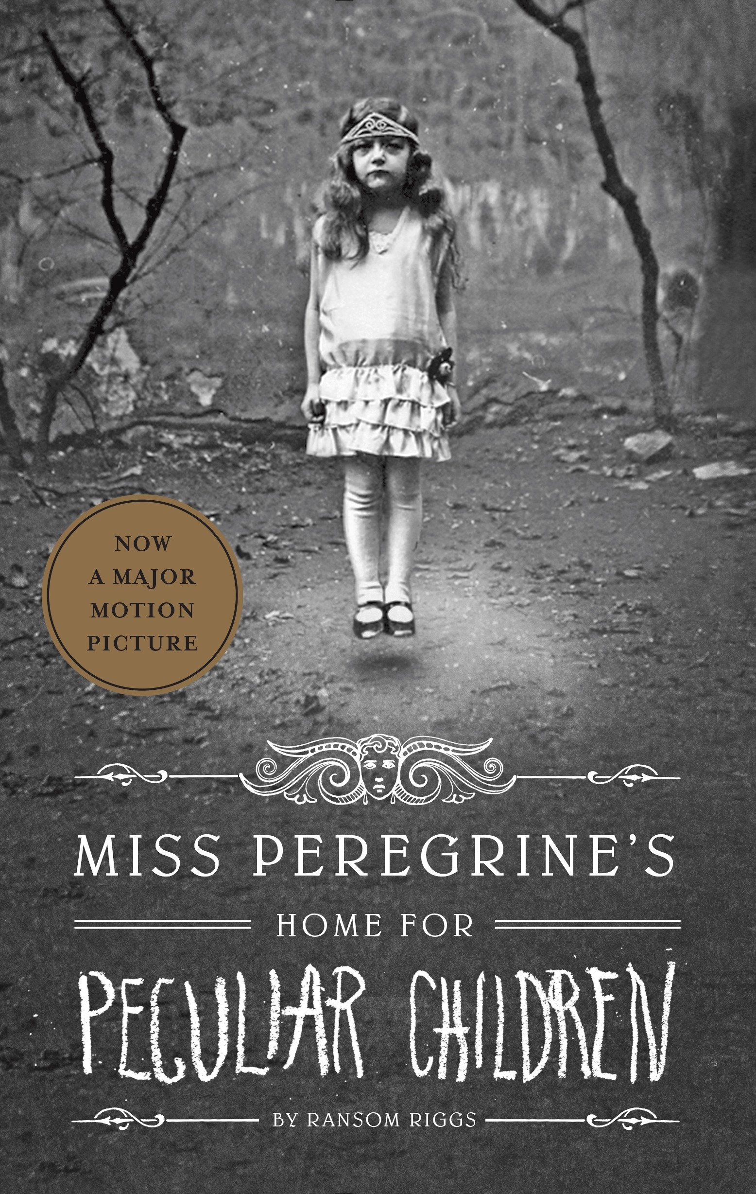 Cover Image of Miss Peregrine's Peculiar Children Boxed Set