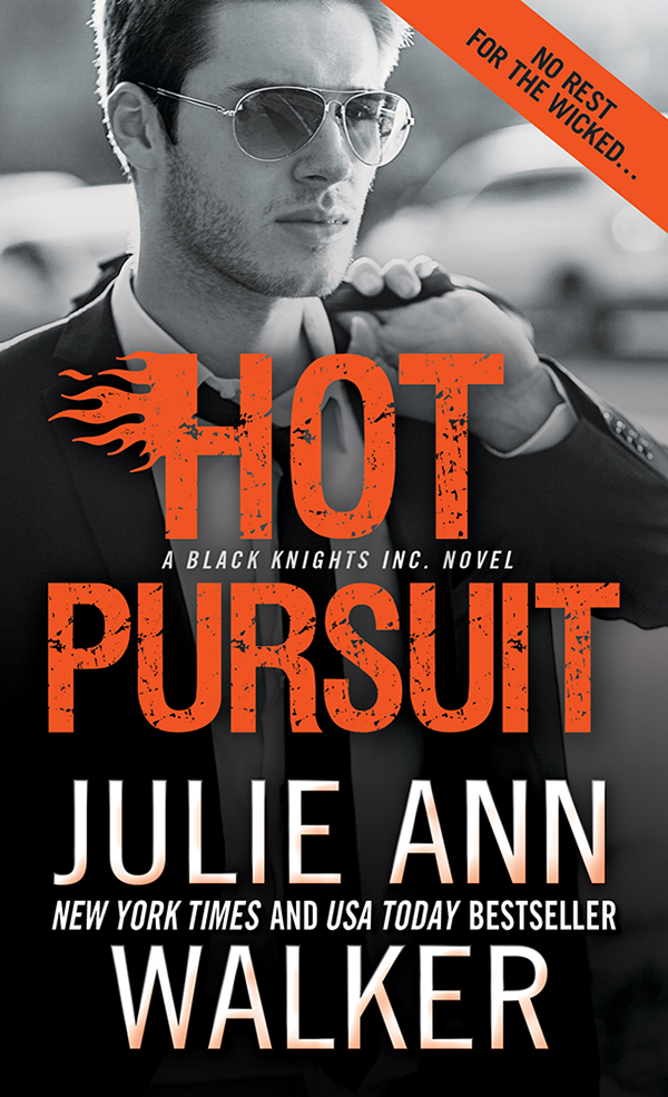 Cover Image of Hot Pursuit